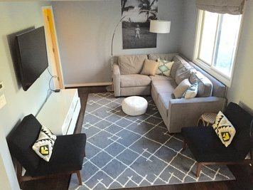 Online design Contemporary Living Room by Lindsay B. thumbnail