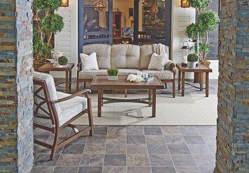 Online design Transitional Living Room by Kelsey O. thumbnail