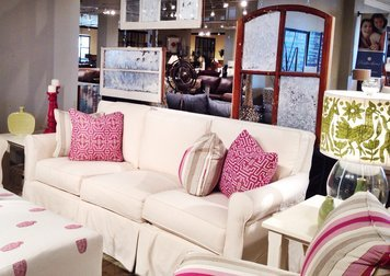 Online design Eclectic Living Room by Kelsey O. thumbnail