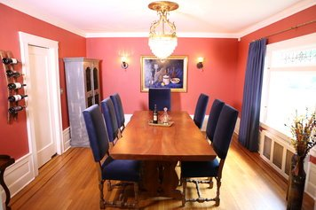 Online design Traditional Dining Room by Nika R. thumbnail