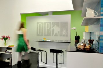 Online design Business/Office by Laura N. thumbnail