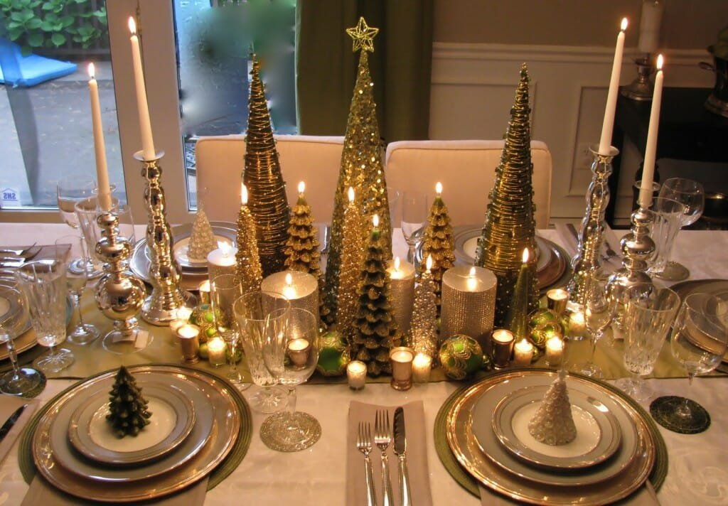 Top Christmas holiday decorating ideas elegant table