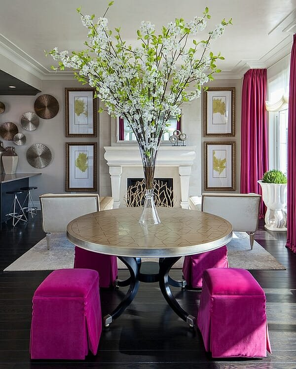 hot-pink-accents-in-the-living-room-design-spring