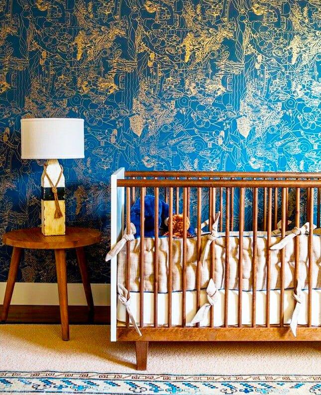 nursery-dramatic wallpaper