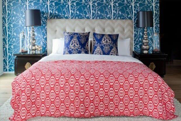 mixed patterns bedroom design