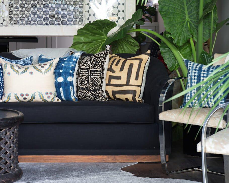 raffia pillow texture
