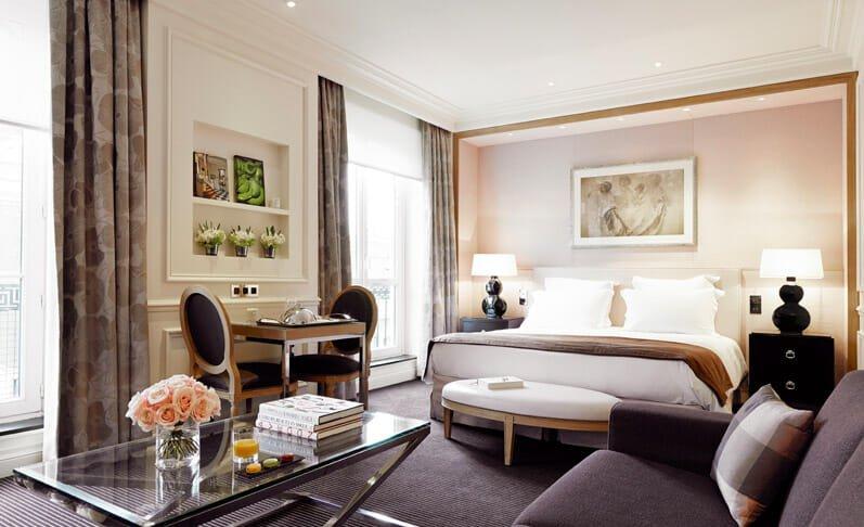 grand-hotel-du-palais-royal-1