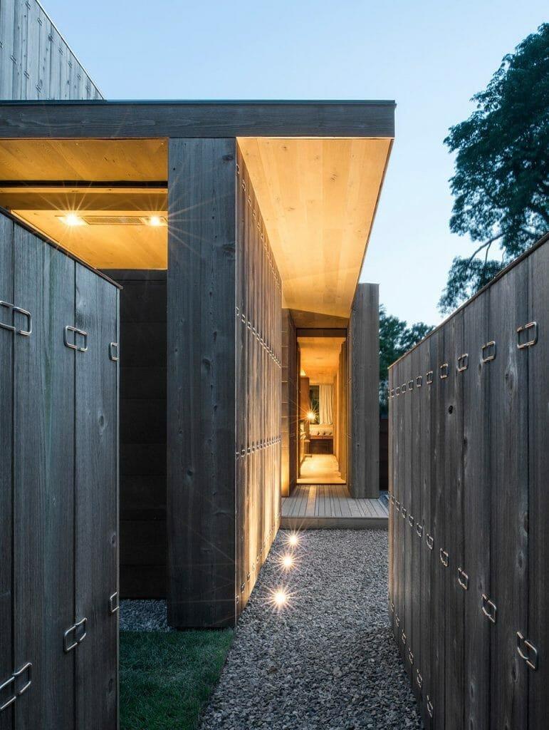 Design Milk interior design blog Elizabeth-II-House-Bates-Masi-4