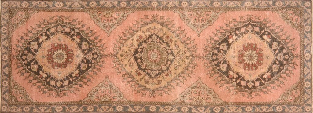 Design Trend How To Find Your Vintage Rug Decorilla