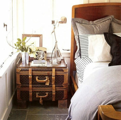 vintage-stacked-suitcase-nightstand