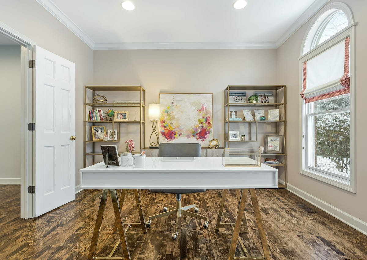 Top chicago interior designer and decorator Eileen P