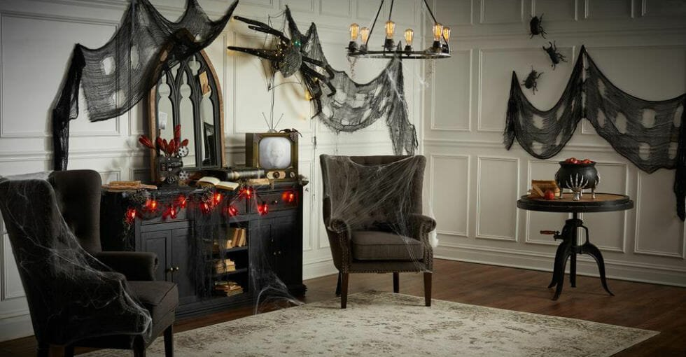 halloween decor trends haunted house