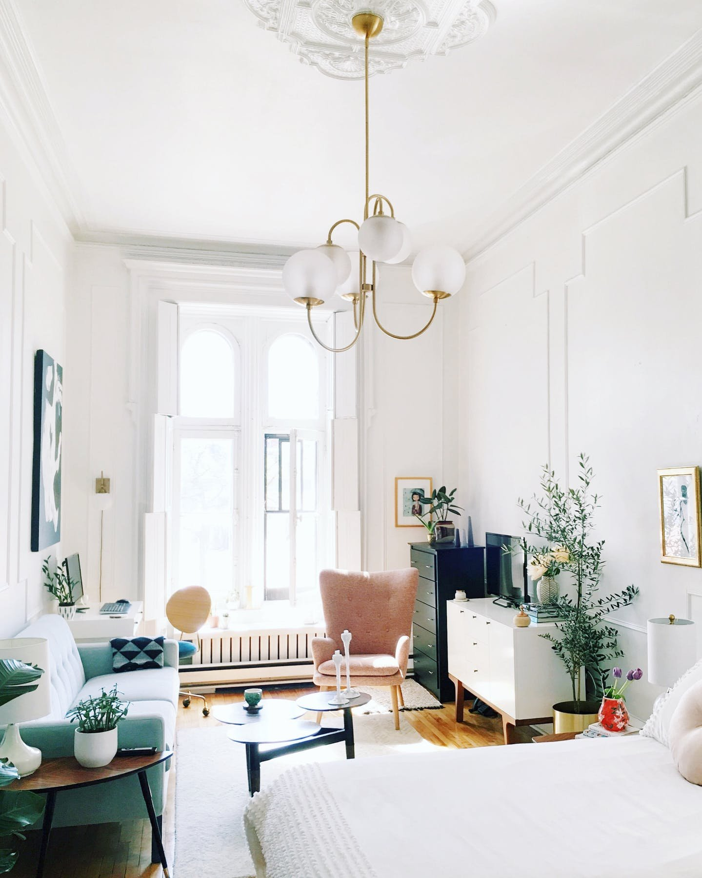 5 Small Apartment Decorating Tips To Make The Most of Your Space