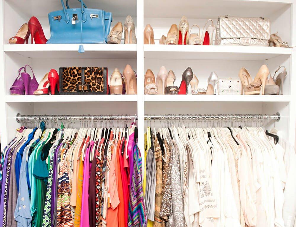 walk-in closet design color coded