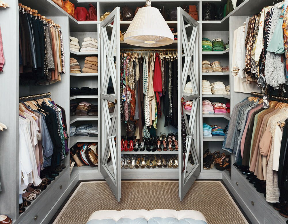 walk-in closet design organized