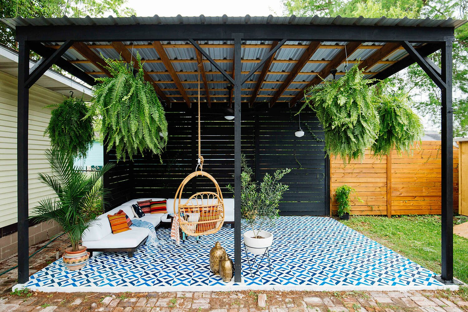 5 Design Essentials For Your Outdoor Living Space ... on Backyard Outdoor Living Spaces id=58984