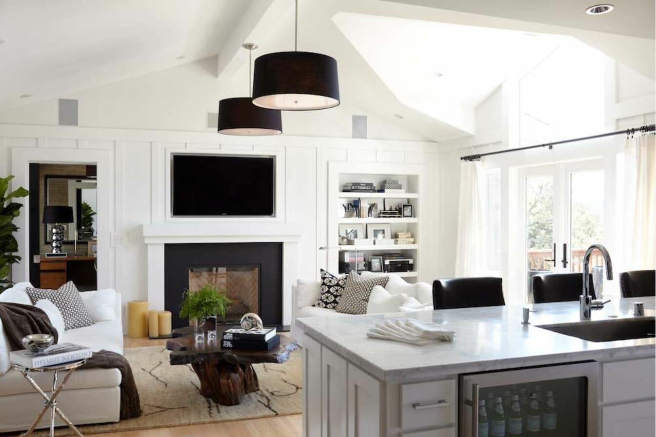Classic And Chic Black And White Living Room Decor Decorilla
