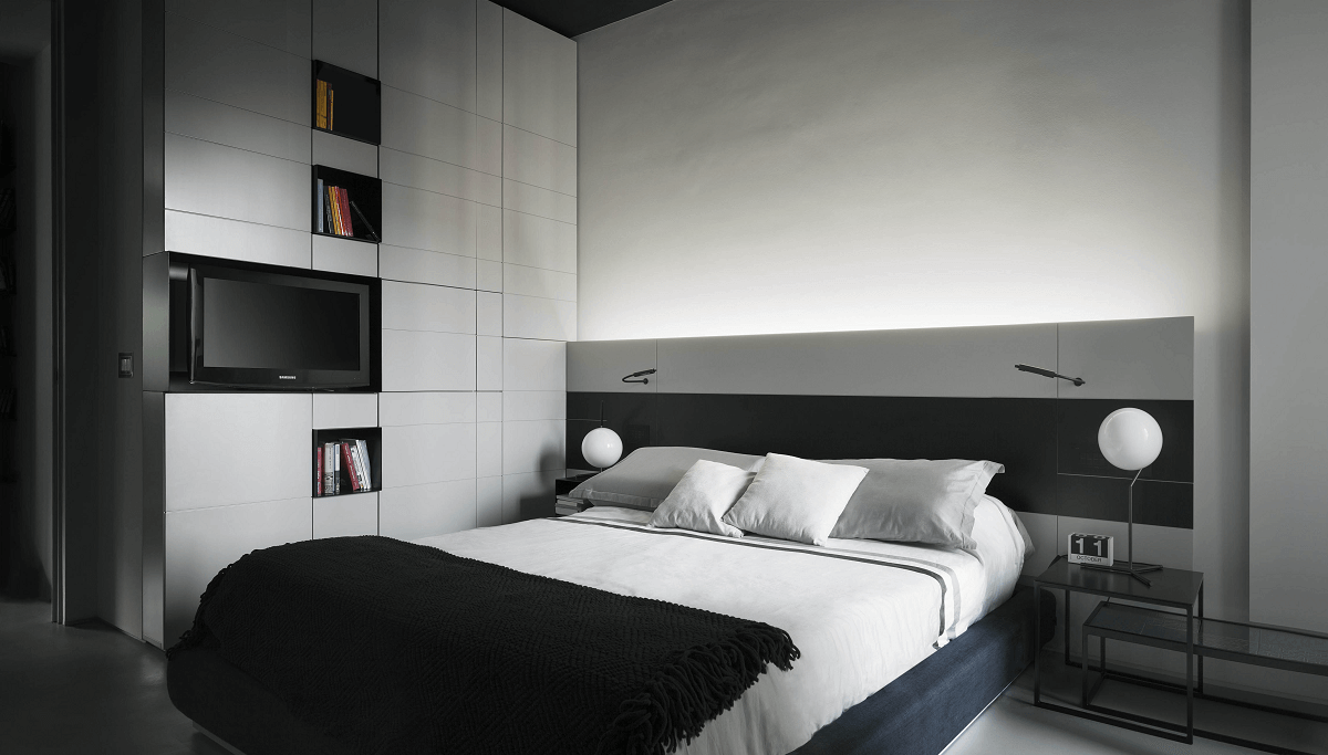 sleek bedroom by Decorilla interior designer, Roberto D.