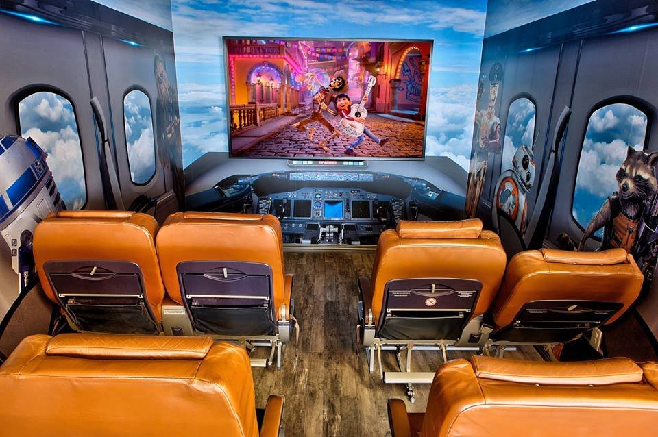 dental-clinic-design-entertainment-movie-room