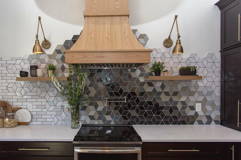 2019 home decor trends bold backsplash