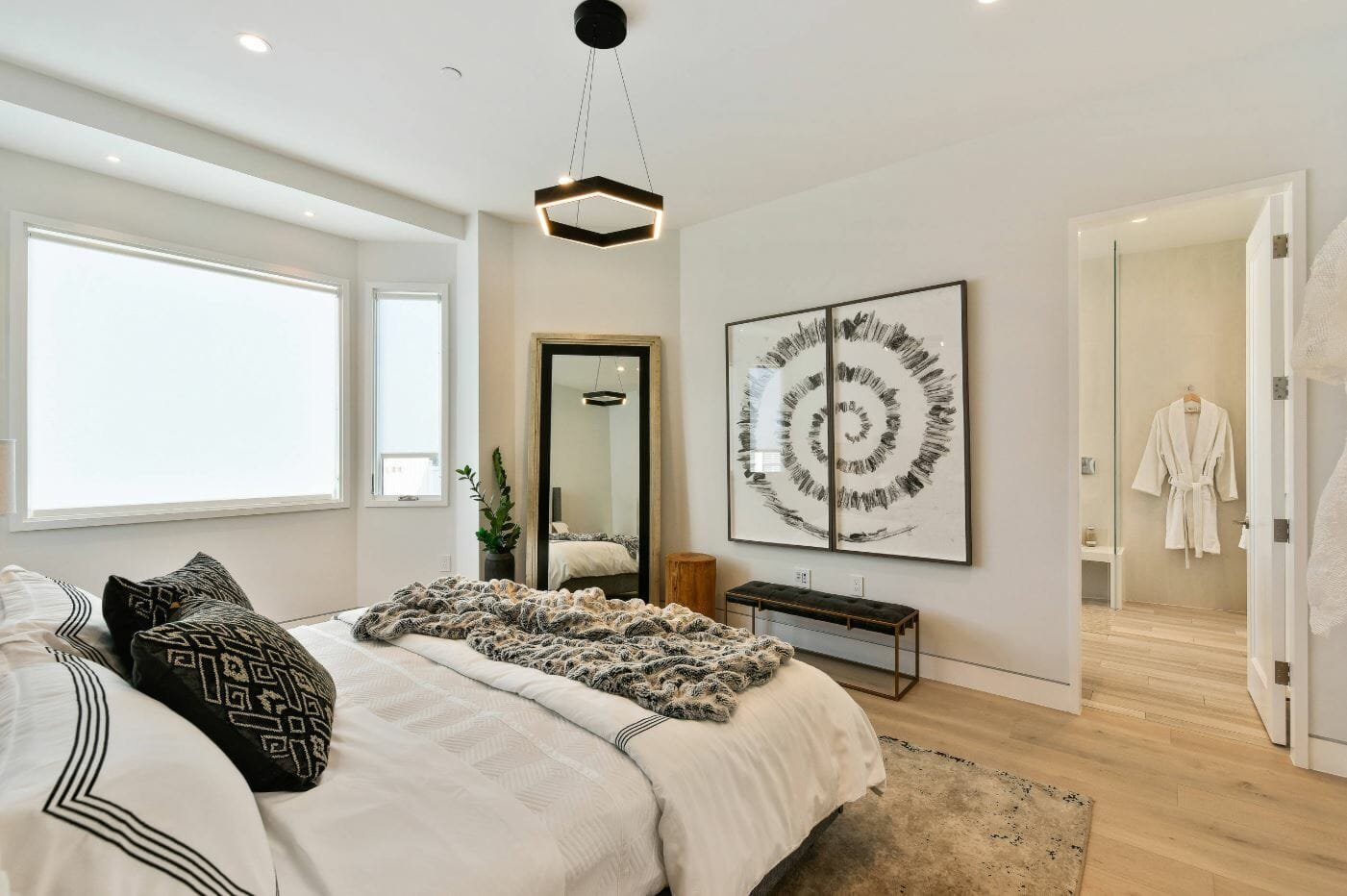 Before & After: Sophisticated Contemporary Bedroom Design Online