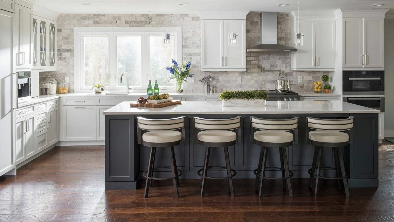 What To Look For When Hiring A Kitchen Interior Designer