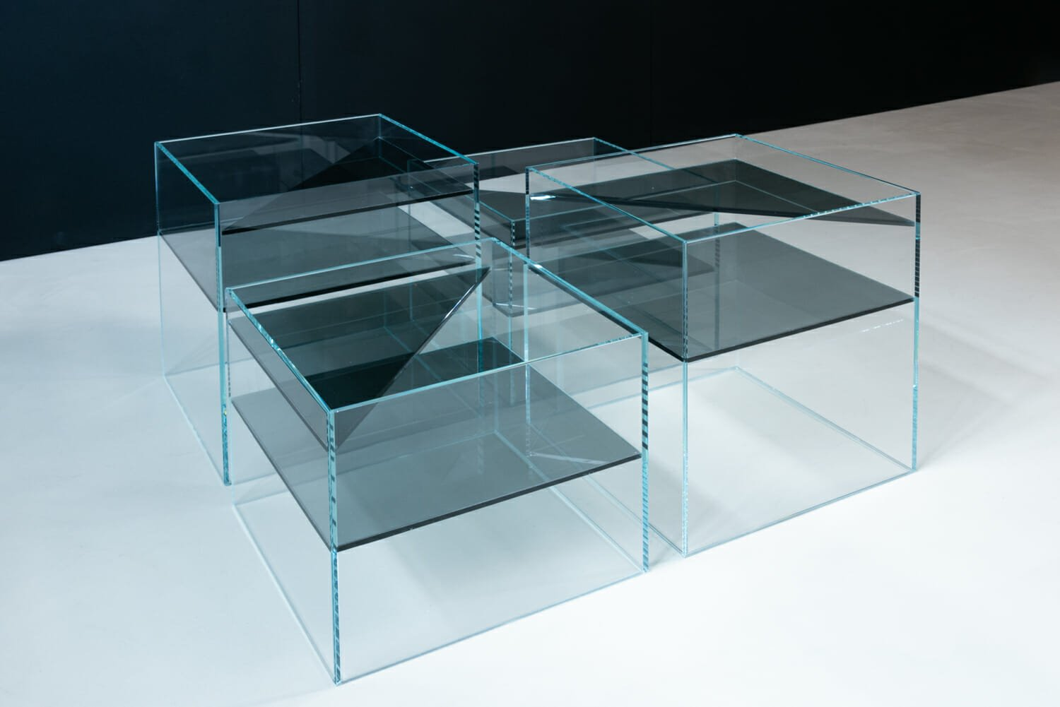 high end glass furniture OONIKO direction