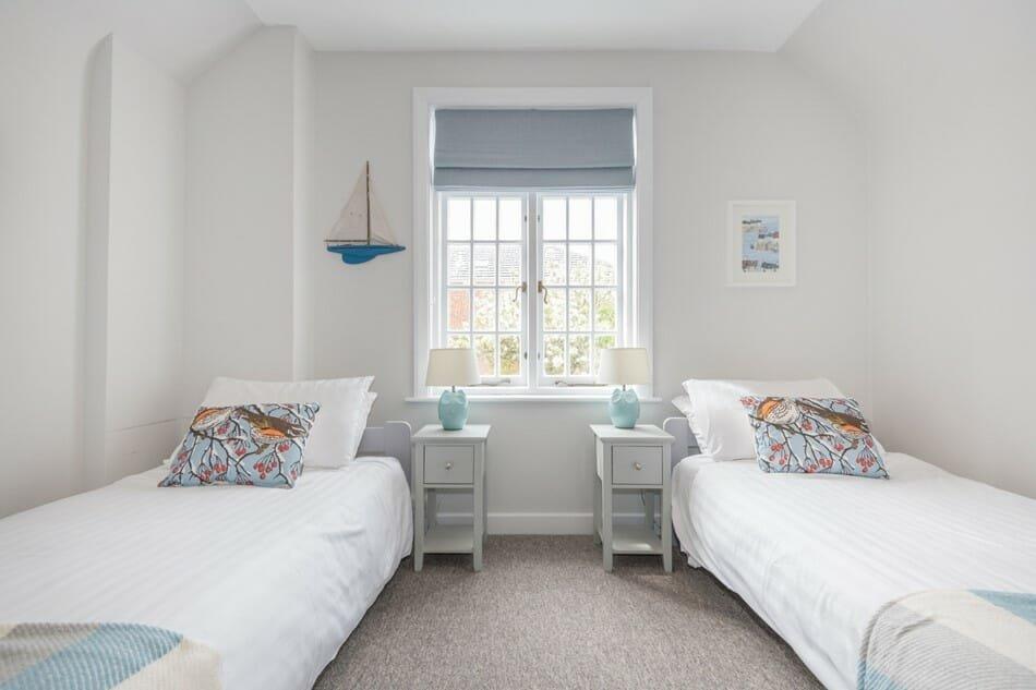interior designer spotlight tam eyre bedroom