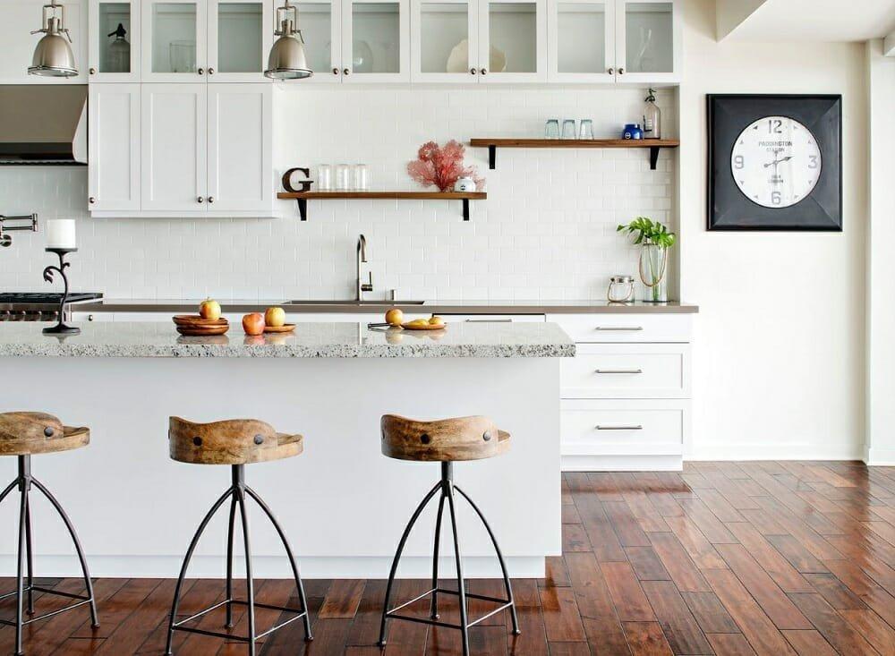 beach kitchen interior design with by Corine M