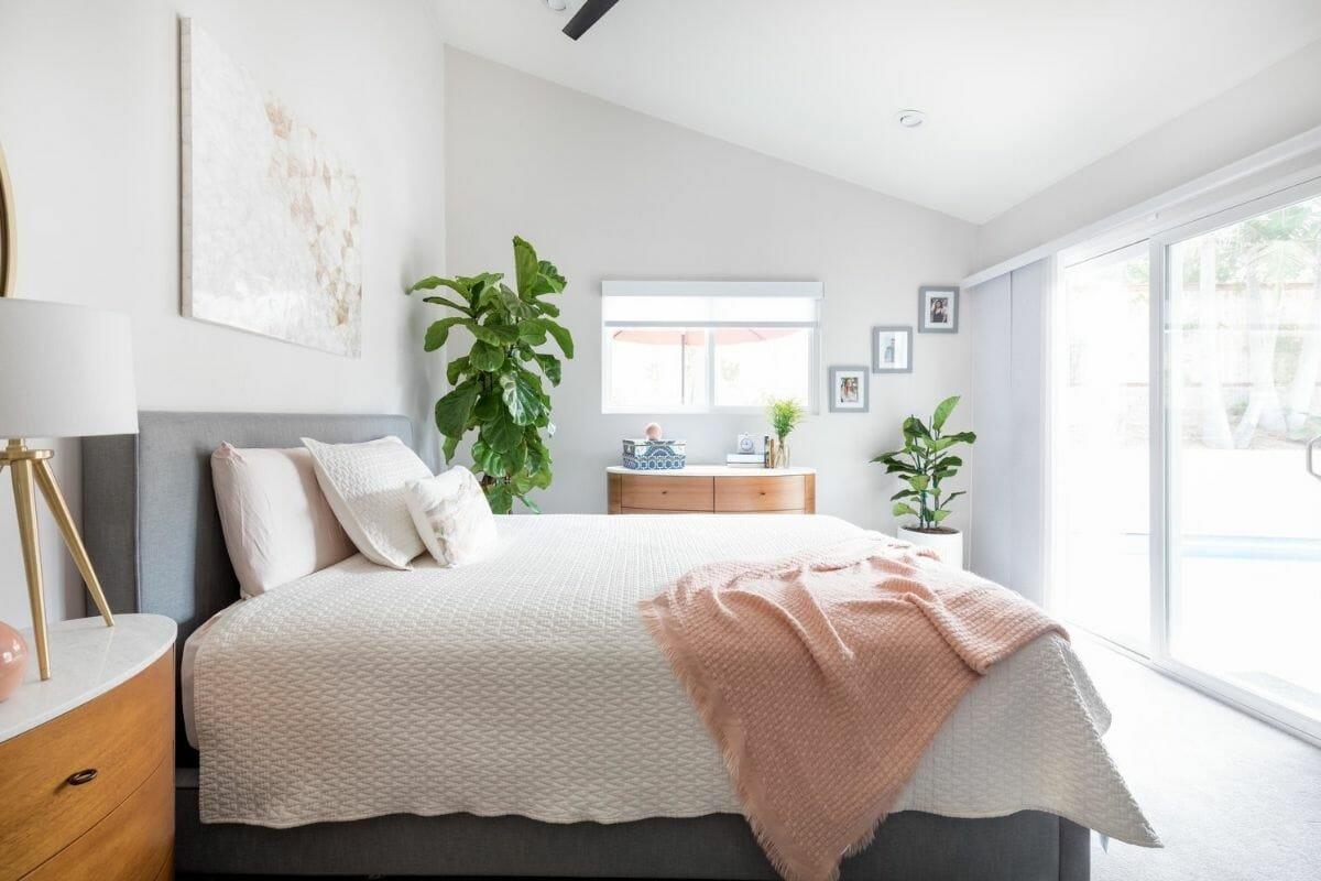 Small bedroom interior design in California
