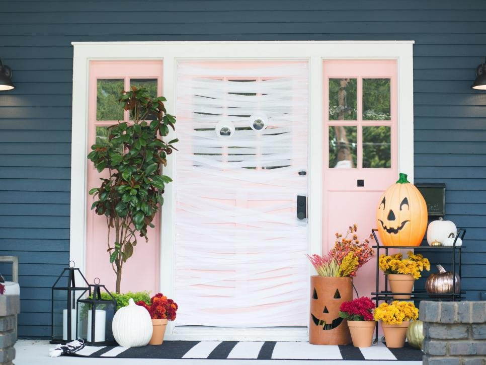 halloween home decor 2019 mummy door