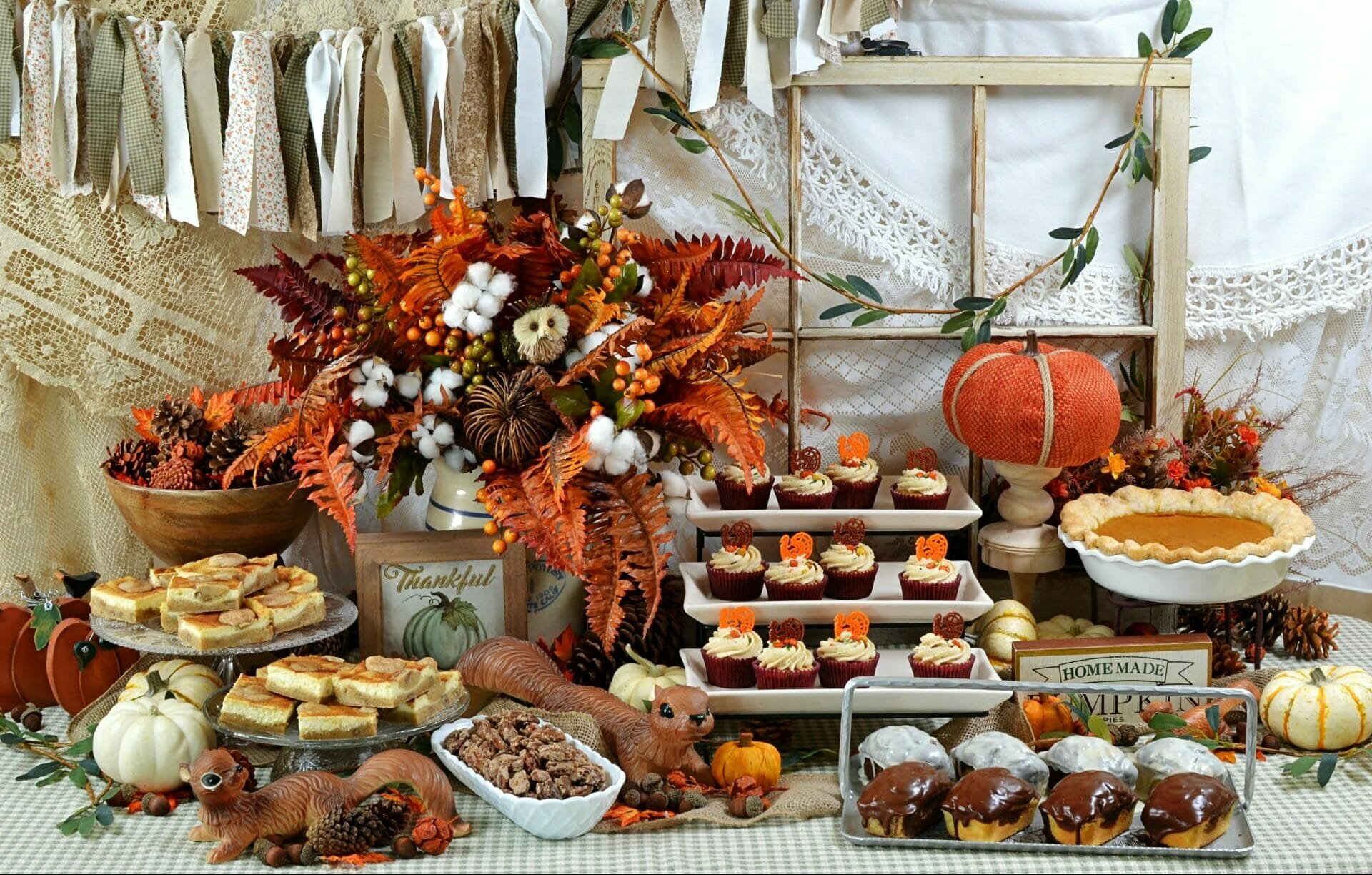 thanksgiving decorations 2019 - dessert table