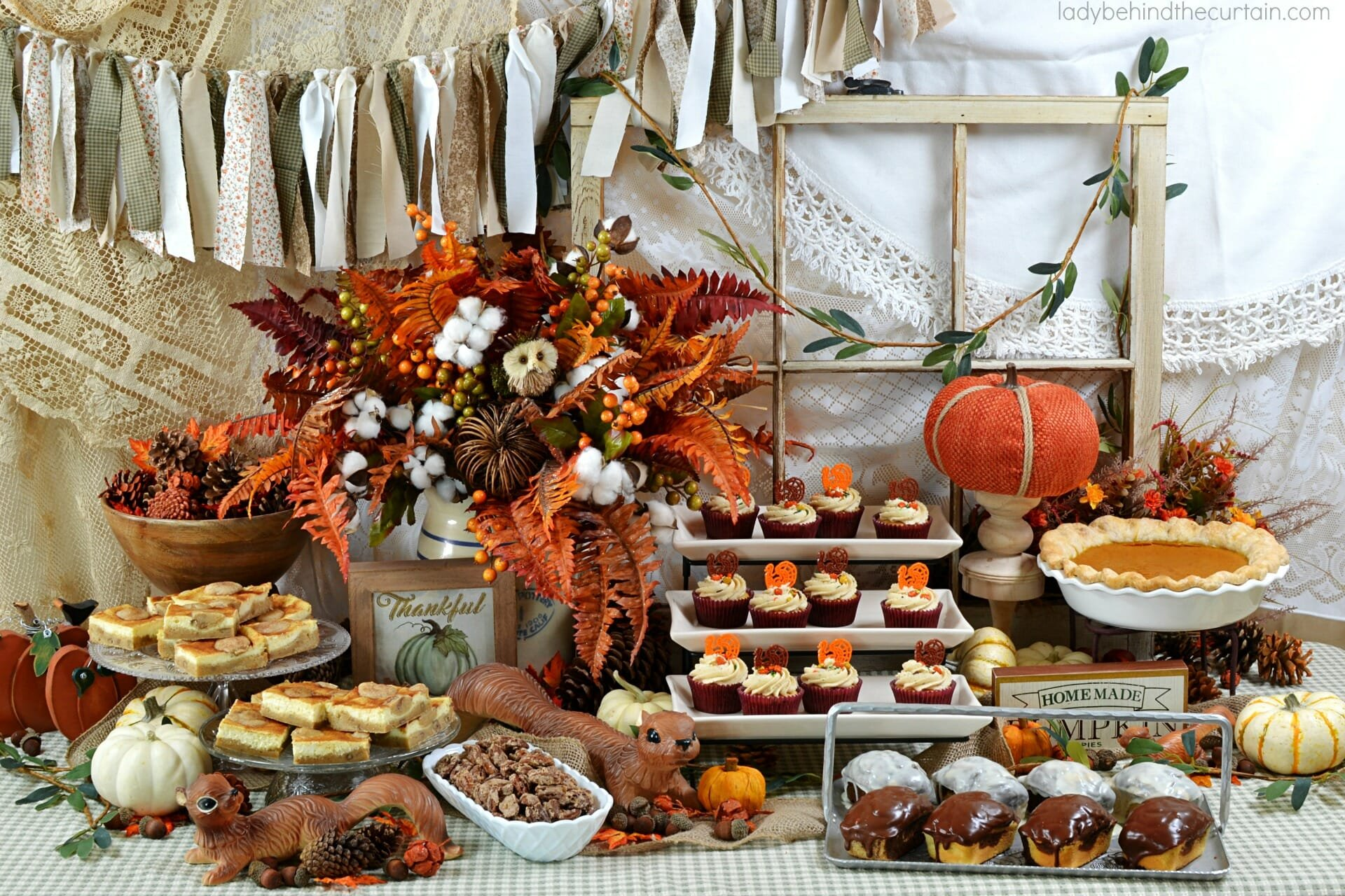 Thanksgiving Decorations 2019 10 Chic And Easy Thanksgiving
