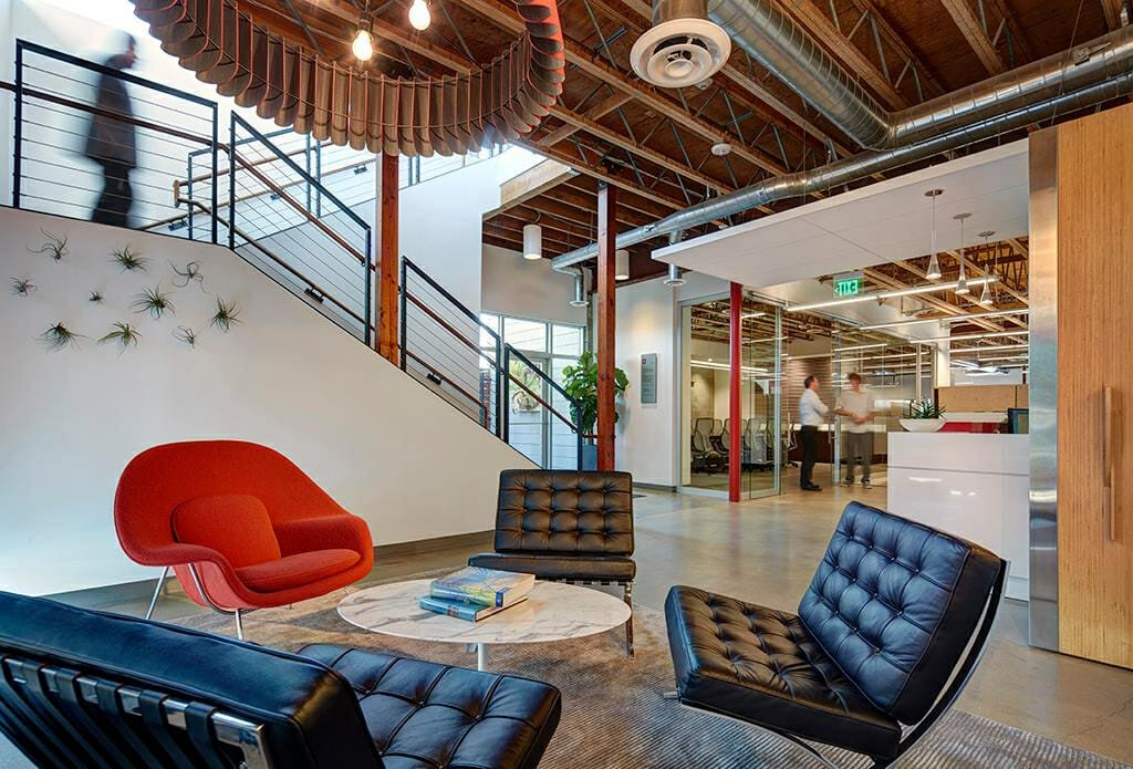 Los Angeles Interior Decorator Lara Stucky transitional business lobby design