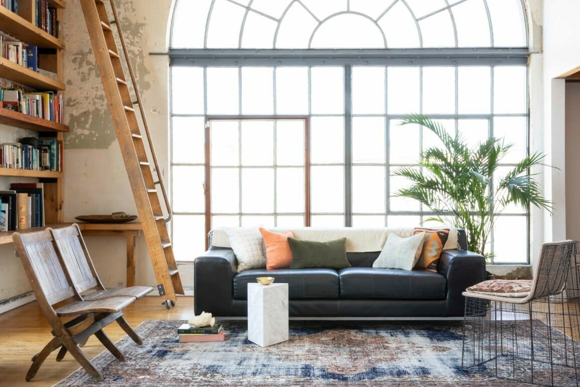 How to work with an interior designer online to create a stunning home