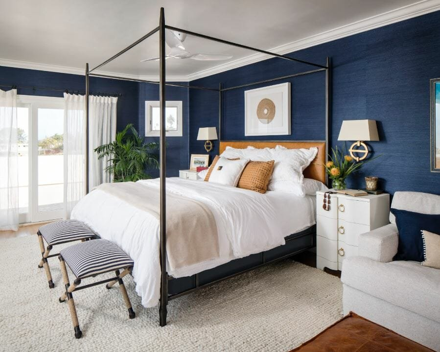Beach house interior design style for a bedroom