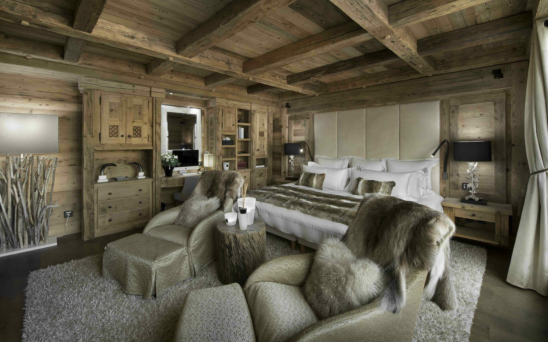 Cozy bedroom cabin interior design