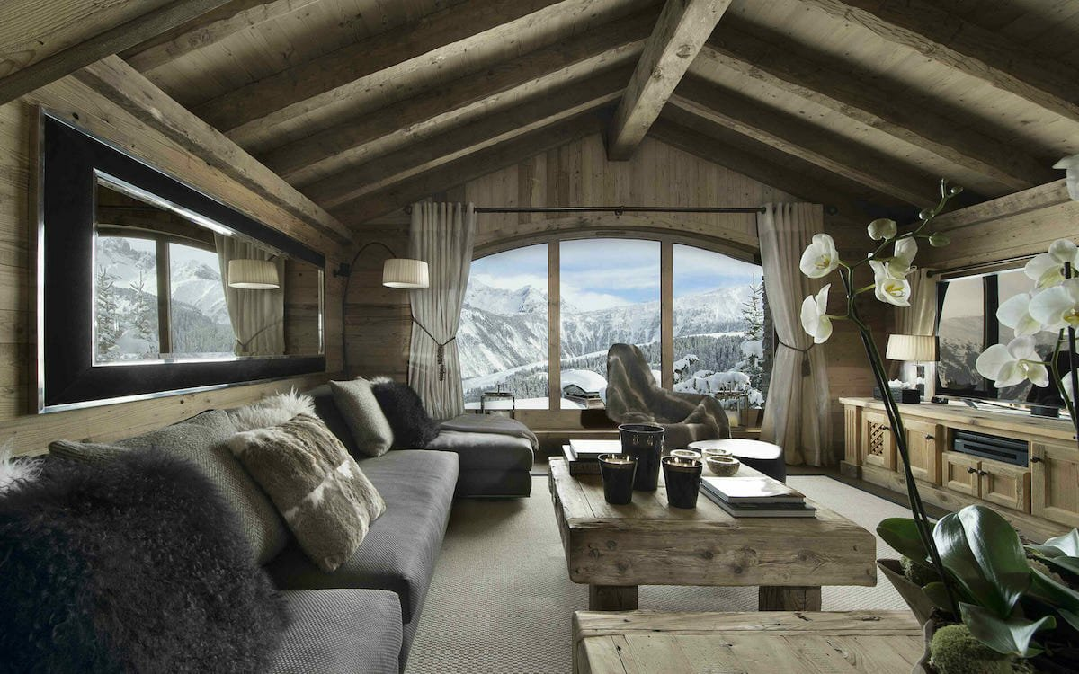 Cozy rustic cabin interior design