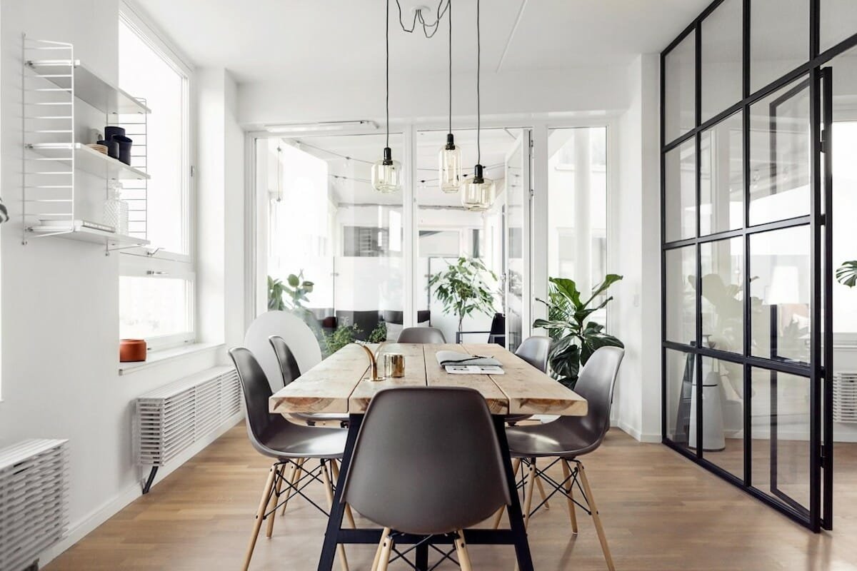 Fresh and clean scandinavian decor style dining room