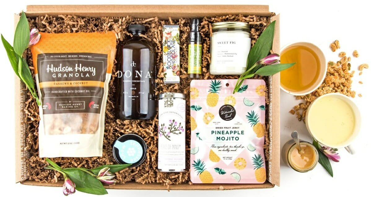 A box neatly packed with tasty and nurishing products as a gift box from Mouth's gift cards for Christmas