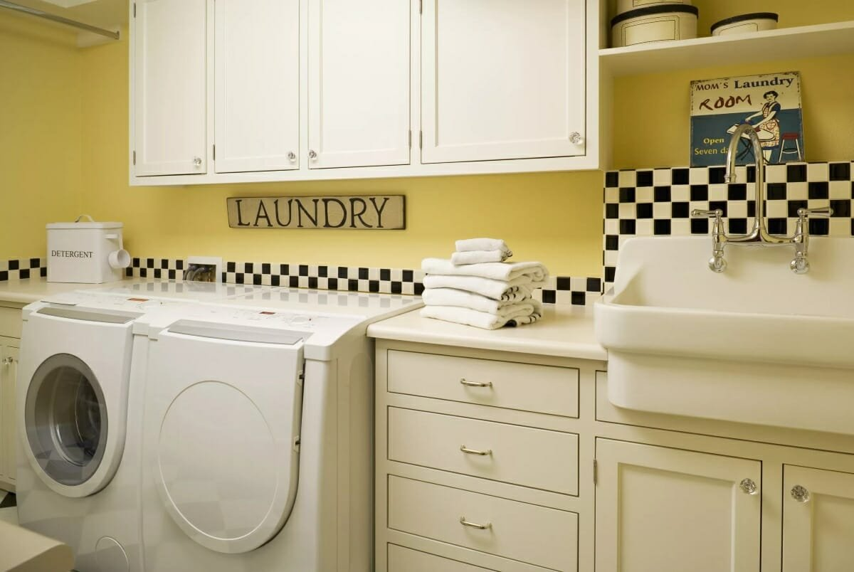 Mid-Century Laundry Room Design
