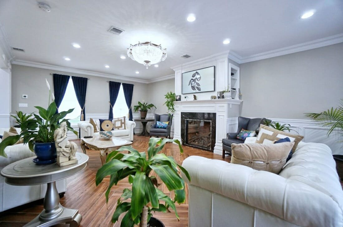 Traditional living room makeover that is sleek and refined