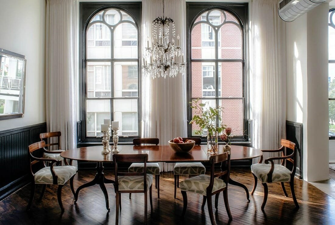 Beautiful classic dining room design by Michele Plachter an interior decorator in Philadelphia