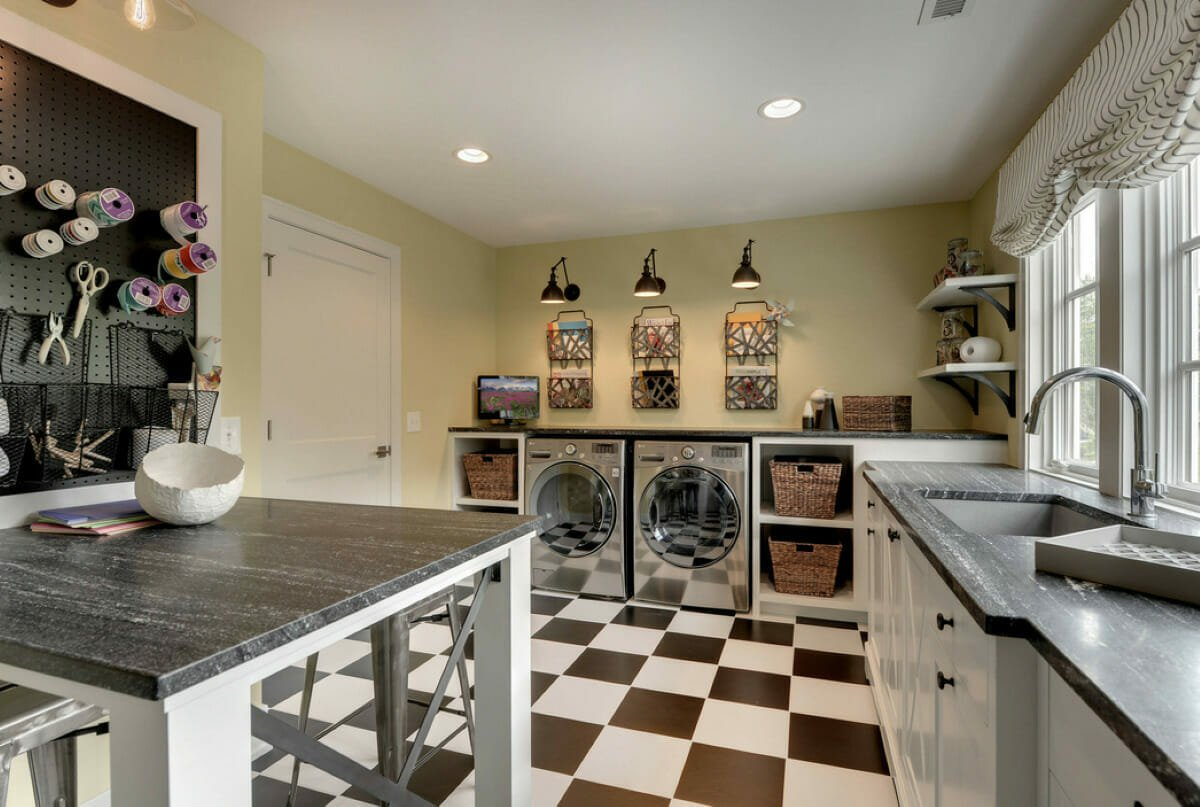 Folding-Space-Laundry-Room-design