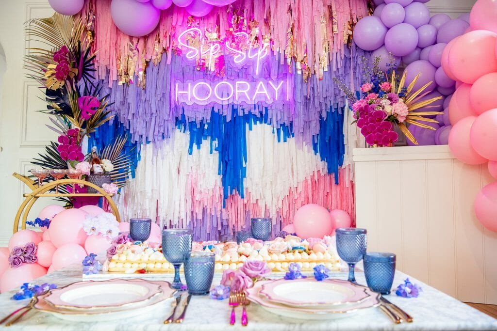 Cake as a new year's centerpiece and a large new years wall decoration
