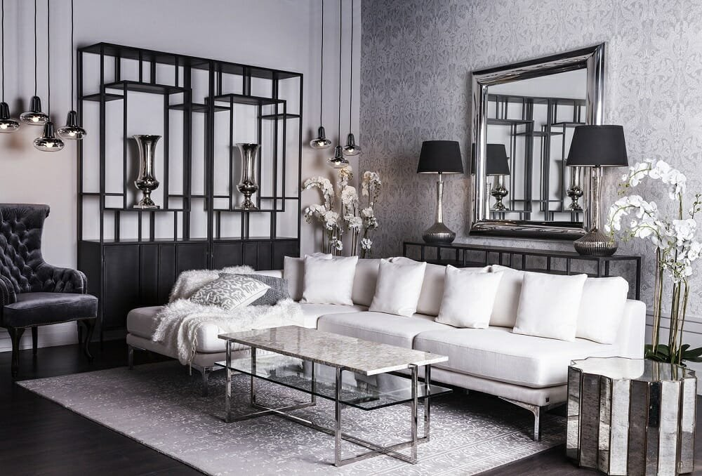 Gifts for interior design lovers in the form of luxury ornaments for a glam living room