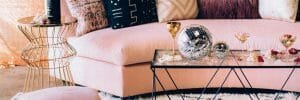 Luxe new year's eve decoration ideas with disco balls for a living room