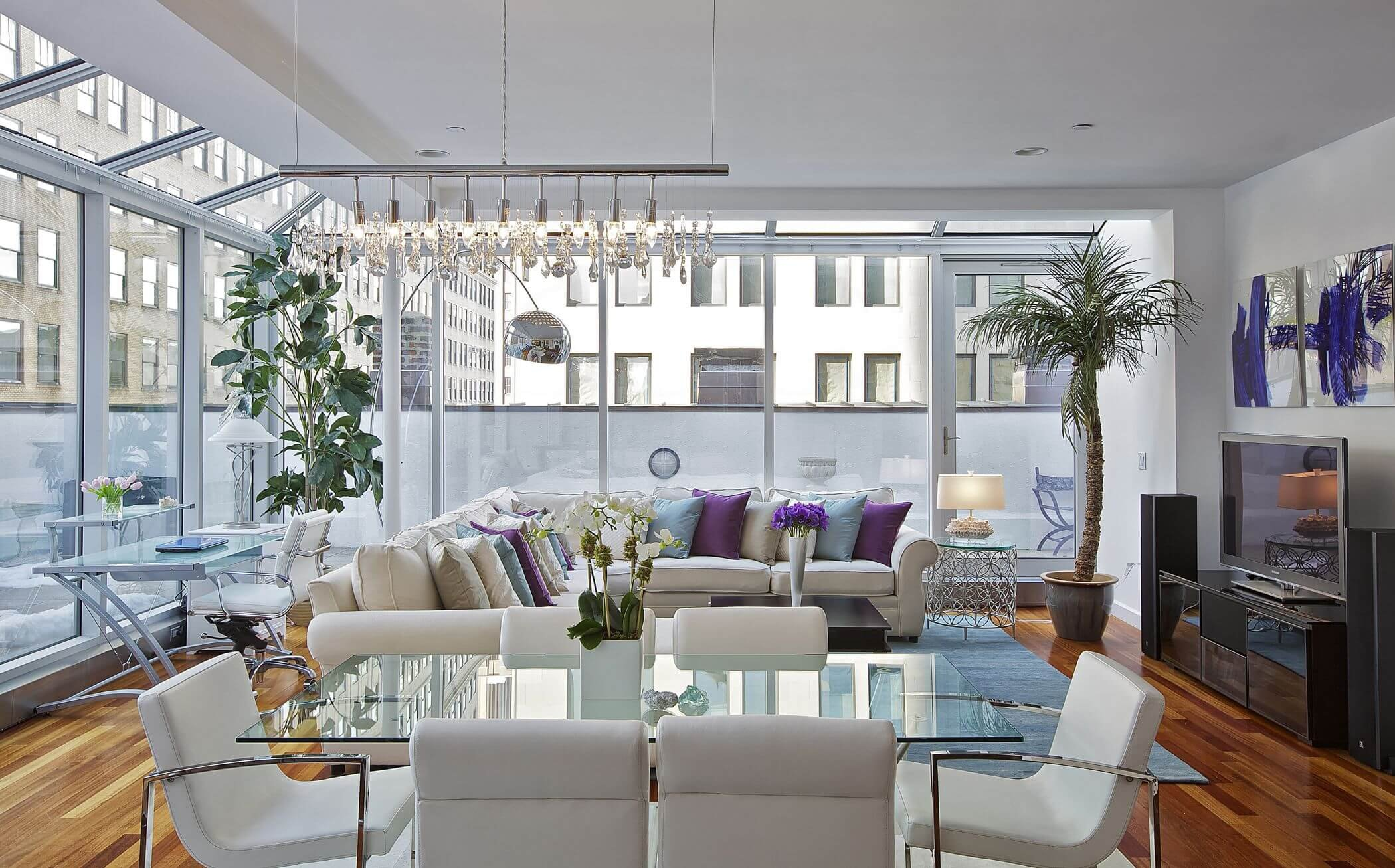 Open floorplan for large living room layouts