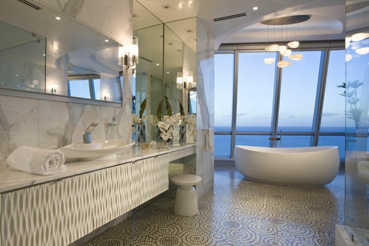 luxurious bathroom design part of bathroom trends of 2021