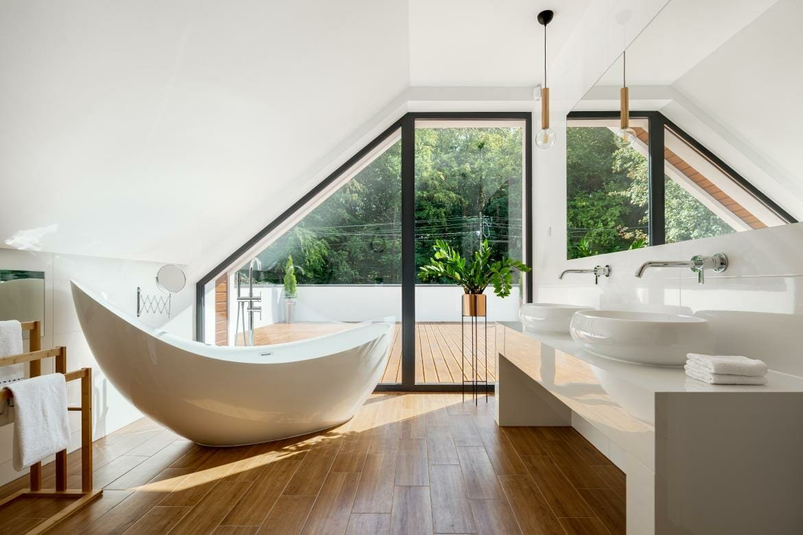 Freestanding-soaking-tub-as-popular-bathroom-design-trend-2021